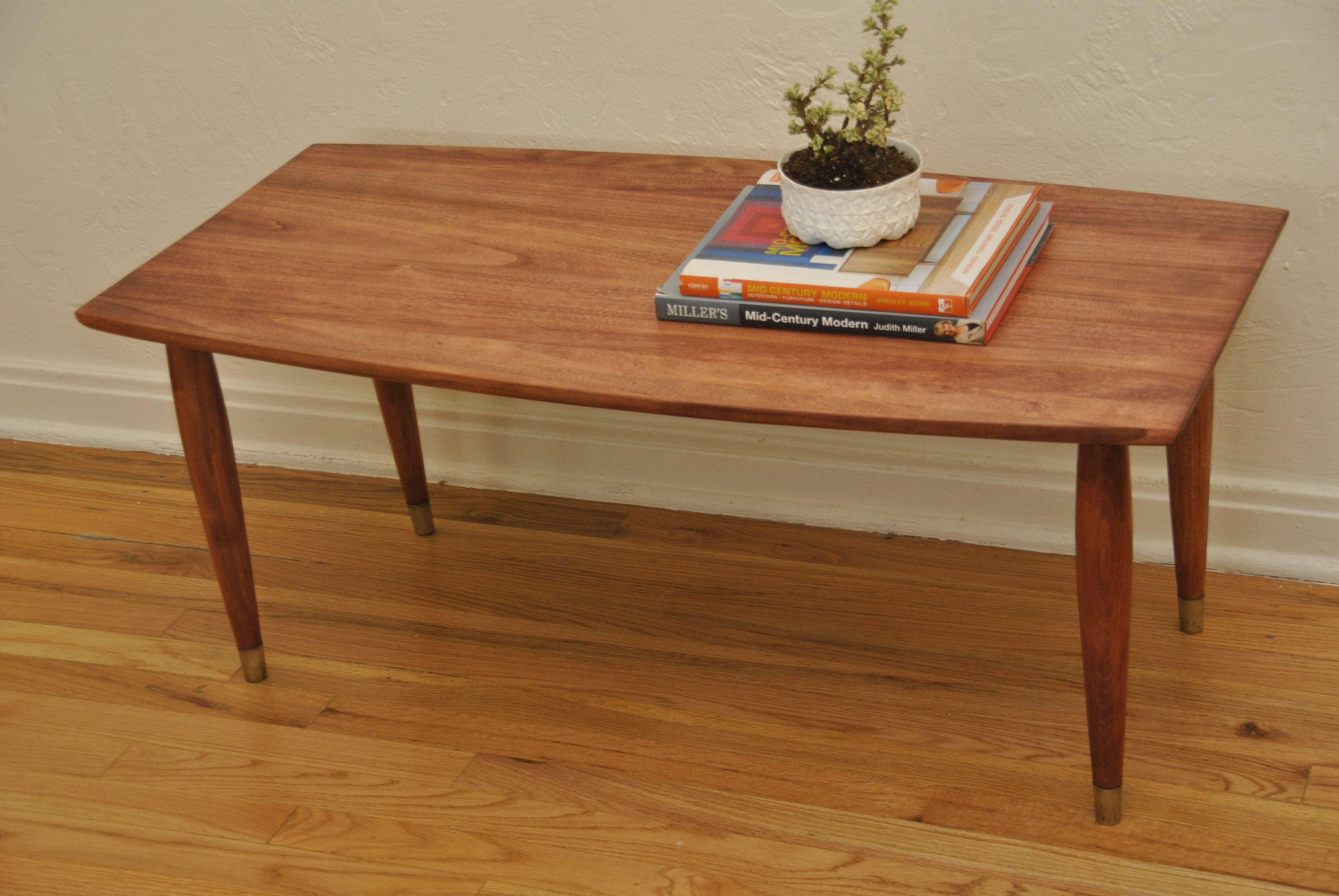 Mid Century Surfboard Style Coffee Table Trevi Vintage Design